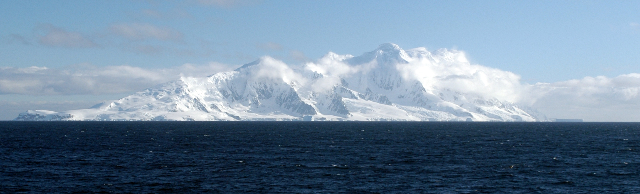Smith Island (South Shetland Islands)