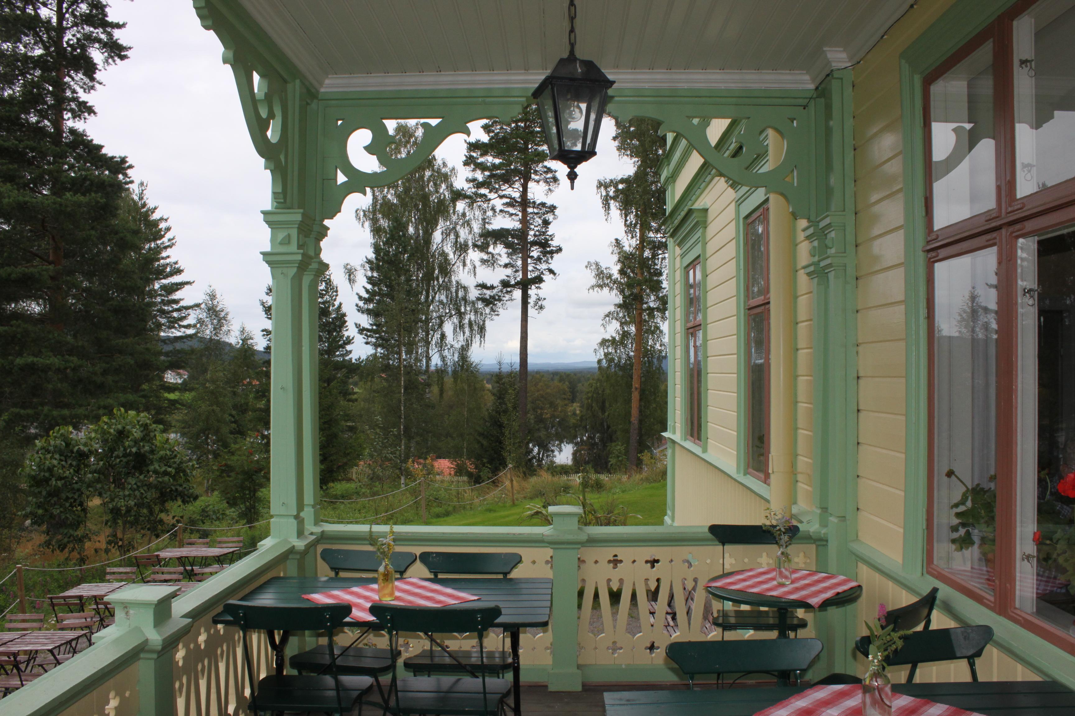 File:stenegården altan matställe.jpg   wikimedia commons