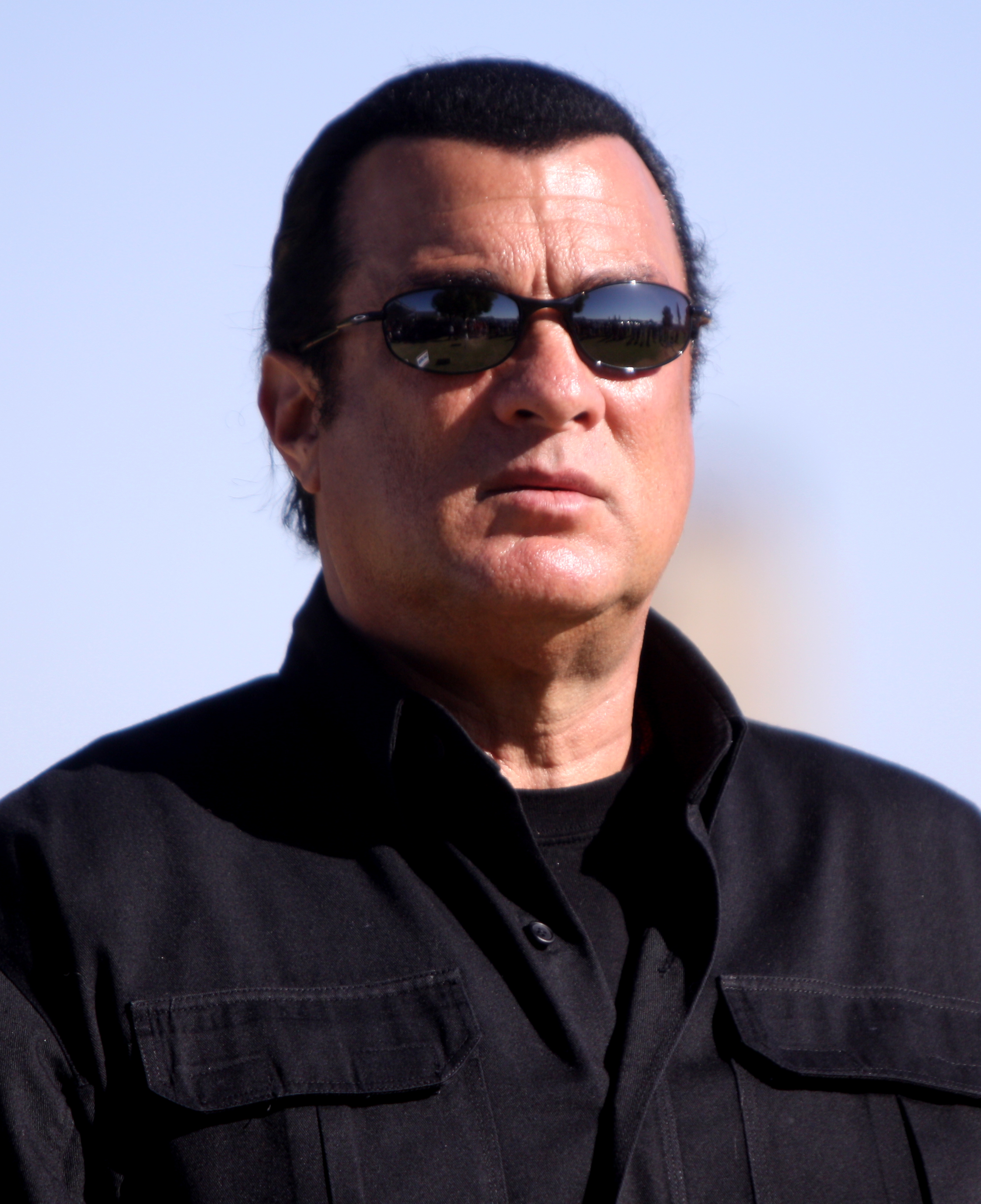 File:Steven Seagal by ...