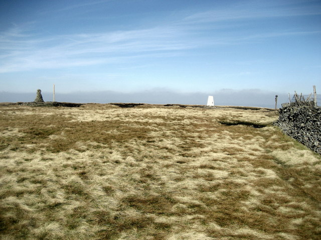 Summit Furniture on Buckden Pike - geograph.org.uk - 1212892