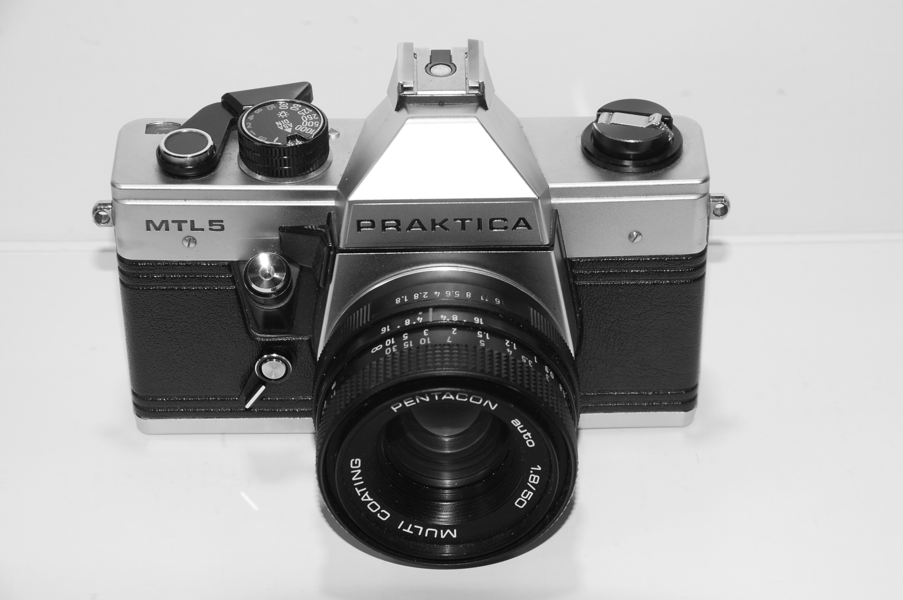 Praktica set lb with domiplan mm and a praktica mtl