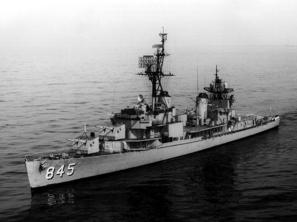 USS Bausell (DD-845) in 1965