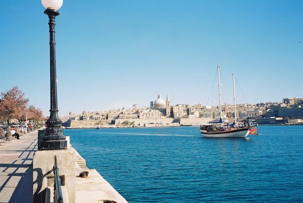 Sliema Malta  city photos gallery : Valletta, Malta from Sliema Wikimedia Commons