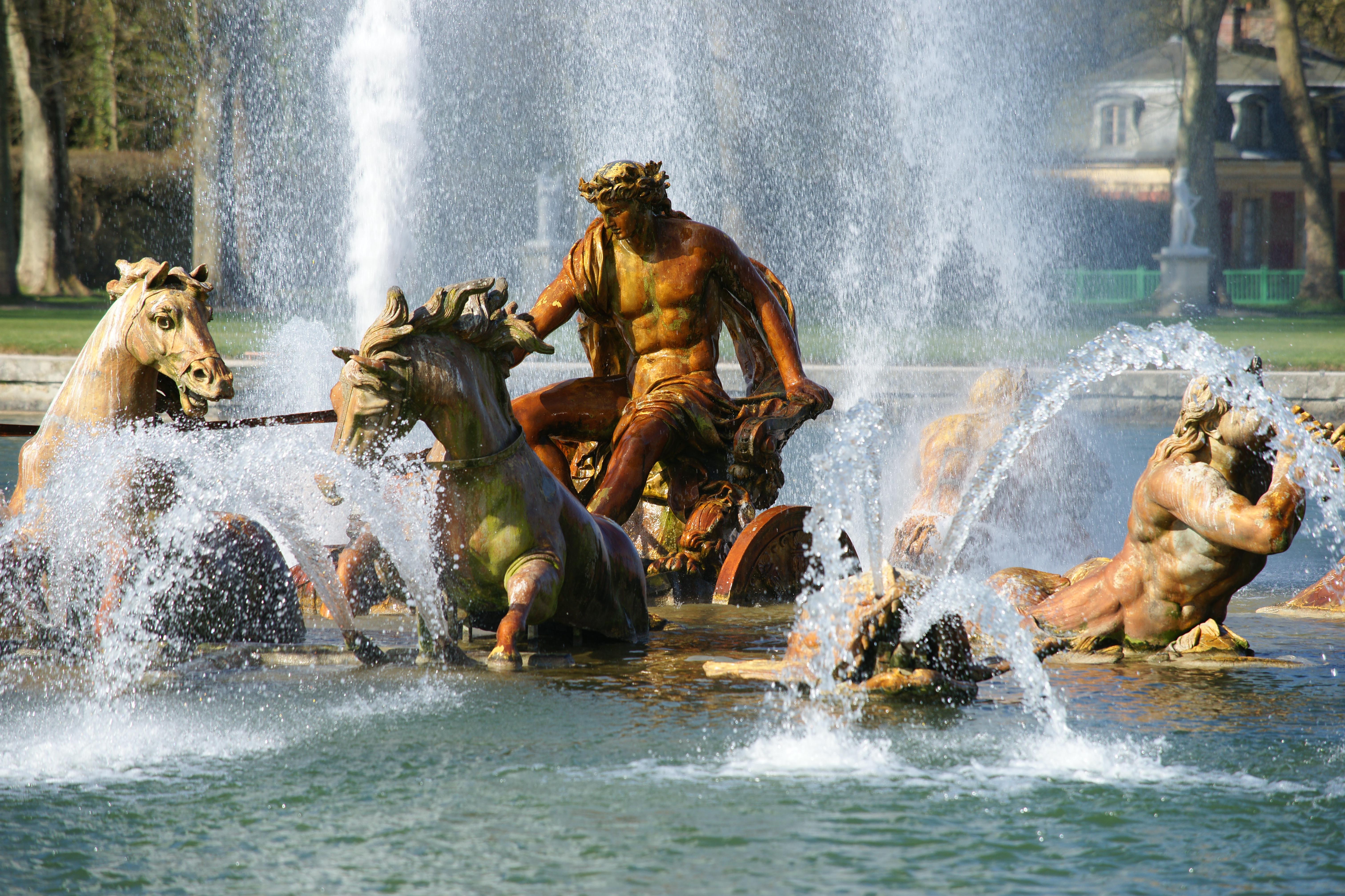 File:Versailles bassin d'apollon.JPG - Wikimedia Commons