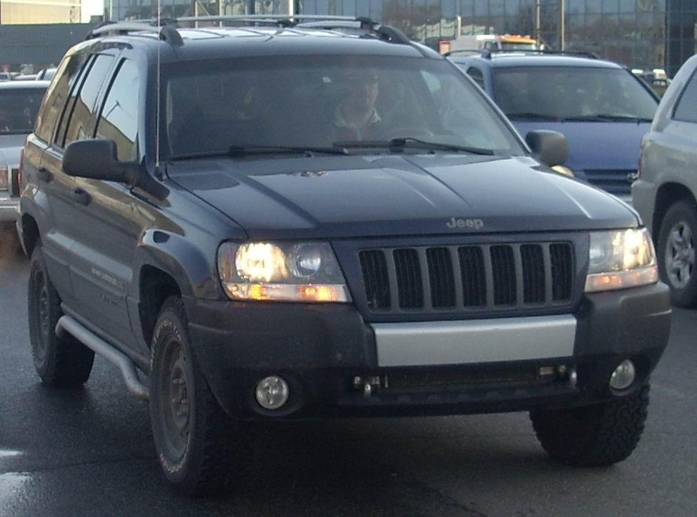 File:'04 Jeep Grand Cherokee Rocky Mountain Laredo.JPG - Wikimedia