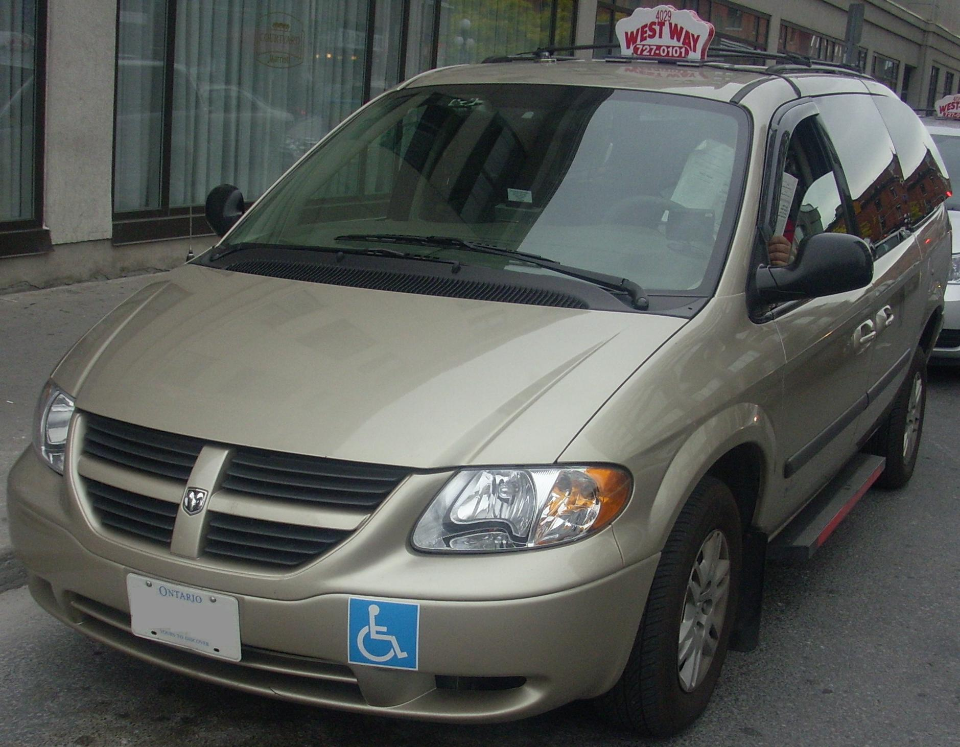 2005 dodge grand caravan cv