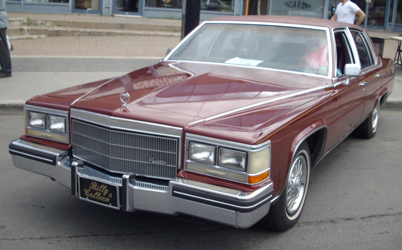 File:'85 Cadillac Brougham (Destination Décarie 2012).JPG ...