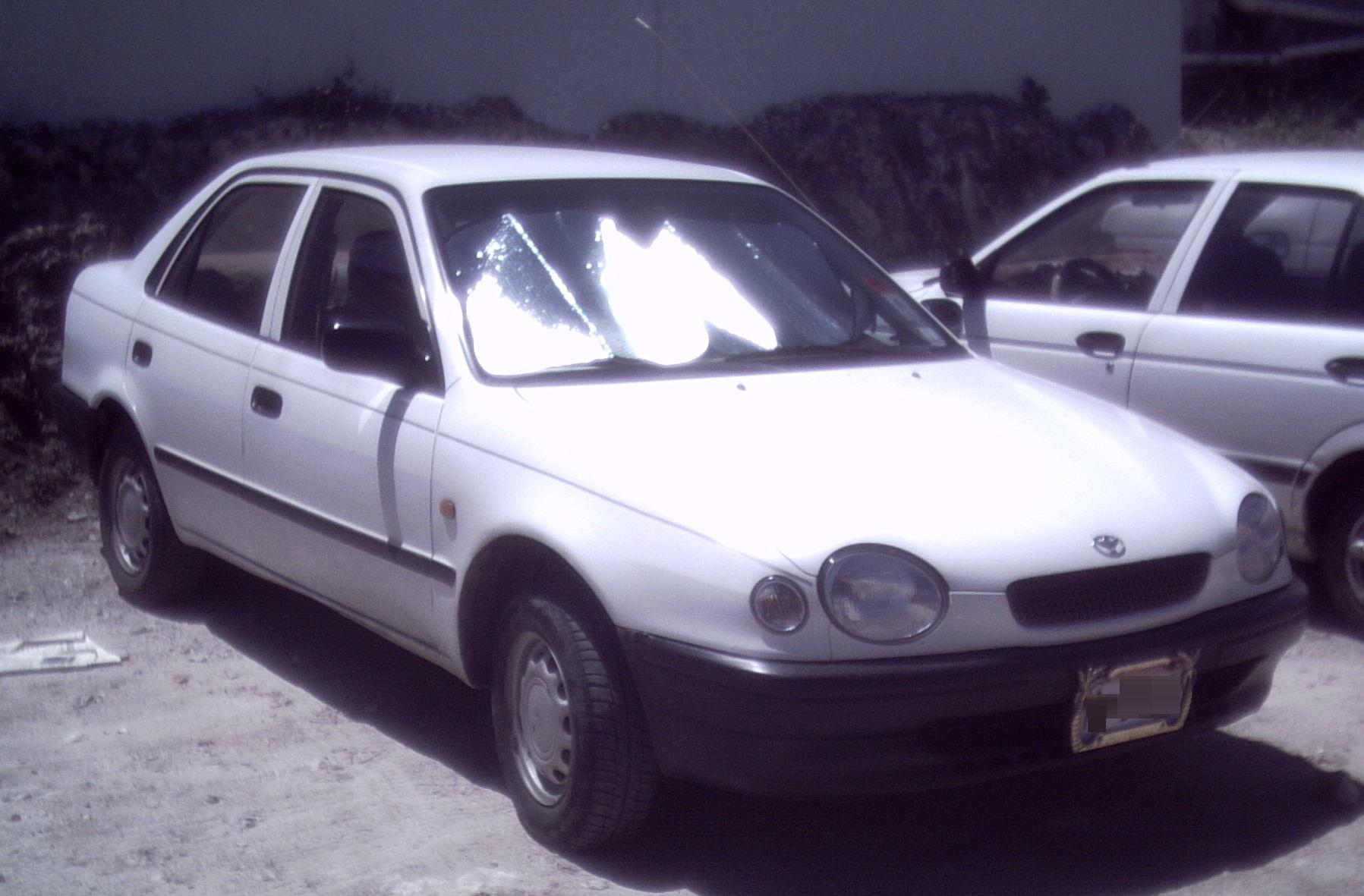 File  U0026 39 98- U0026 39 00 Toyota Corolla Sedan Jpg