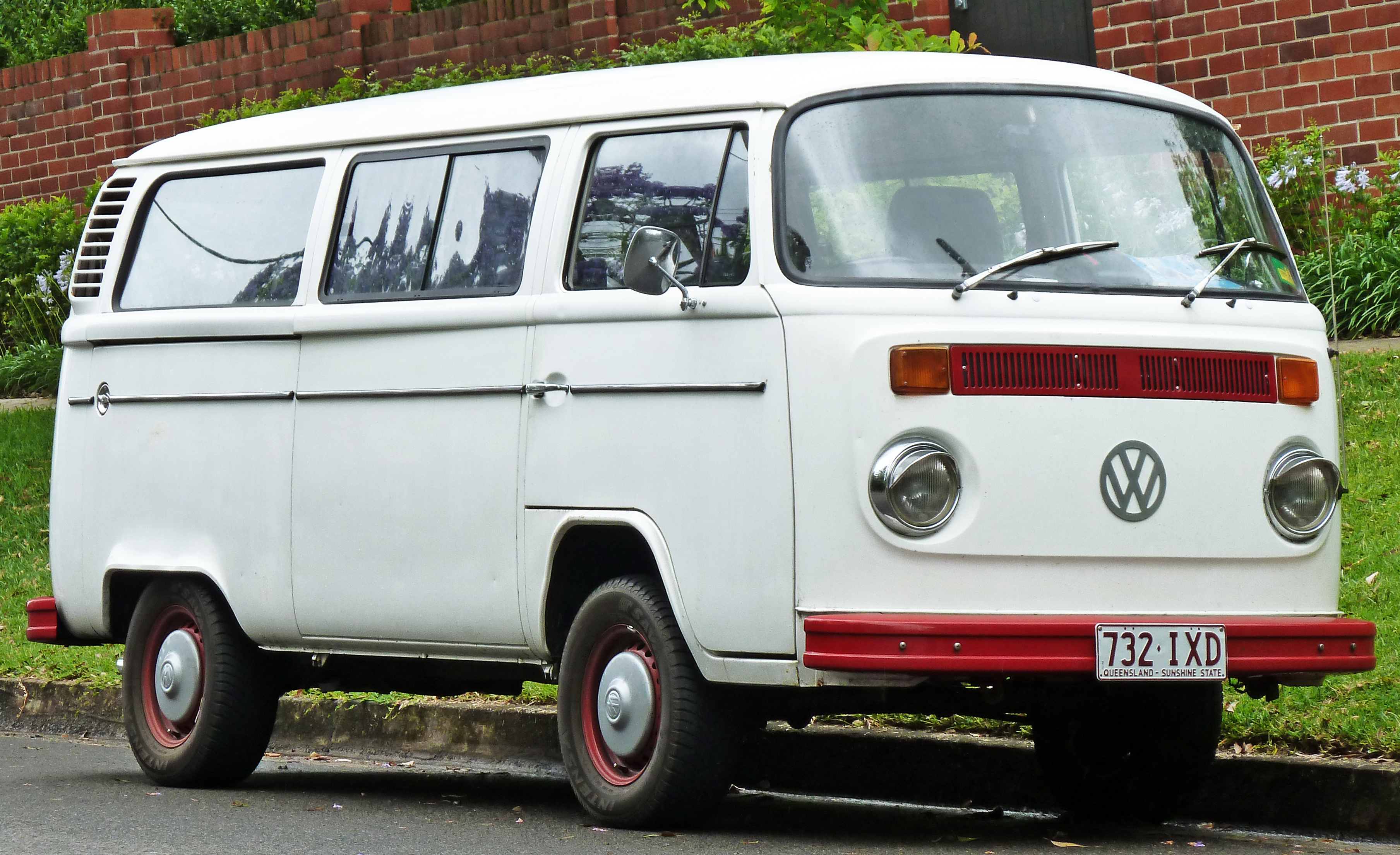 File1973 1980 Volkswagen Kombi T2 Van 01 Wikimedia Commons Diagrams Part 2 1973 Volkswagon Beetle Wiring 3
