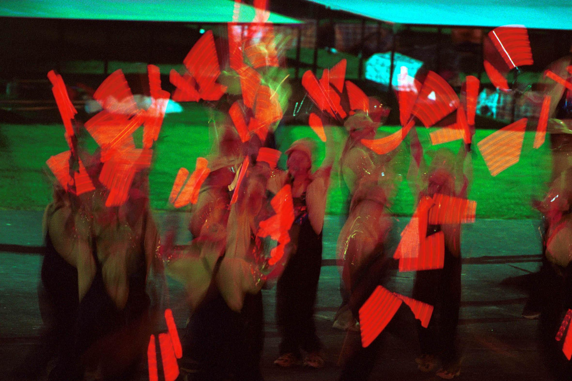 _-_Opening_Ceremony_kids_lights_perform_-_3b_-_2000_Sydney_opening ...