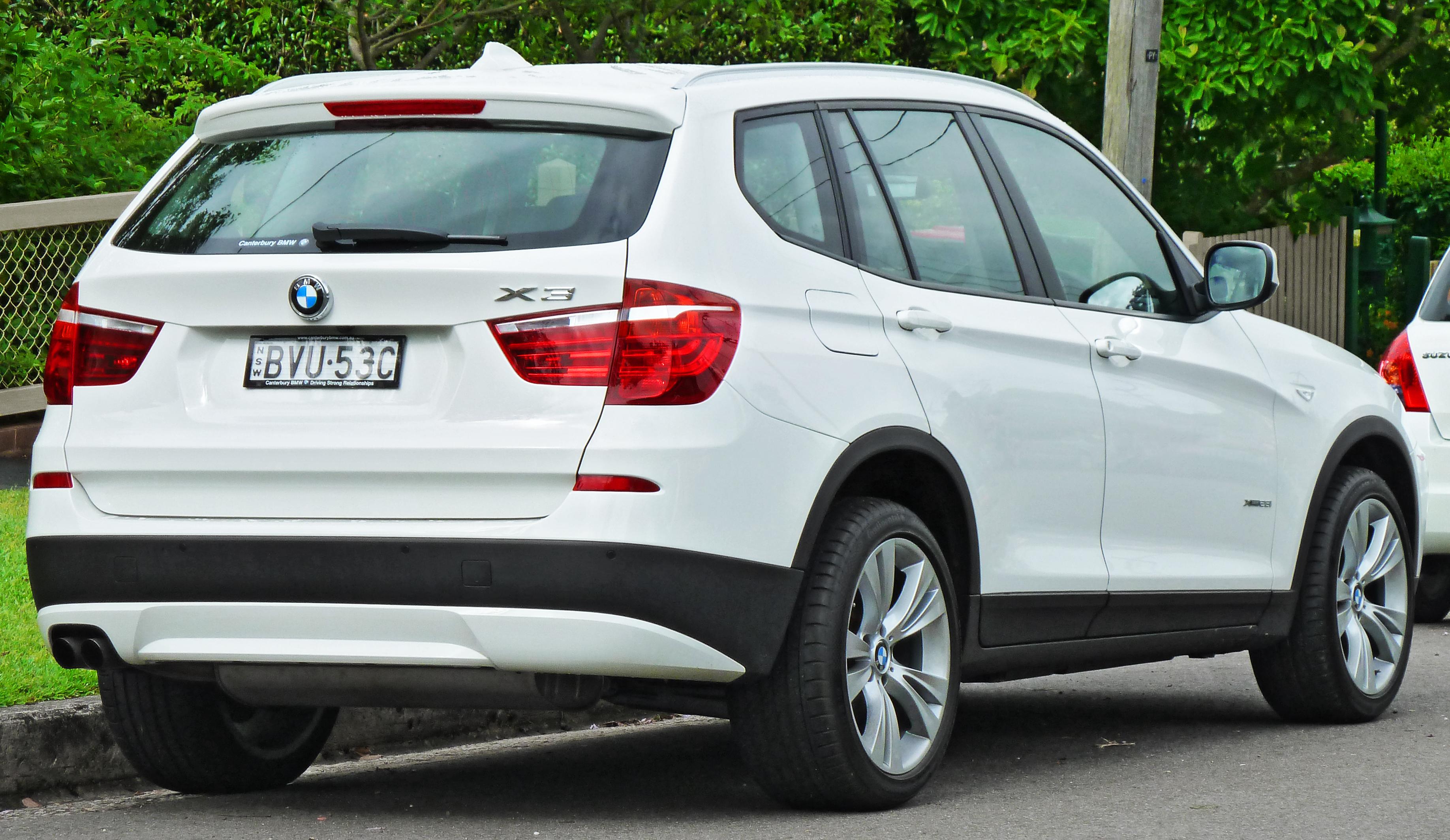 File2011 BMW X3 F25 XDrive28i Wagon 2011 11 18