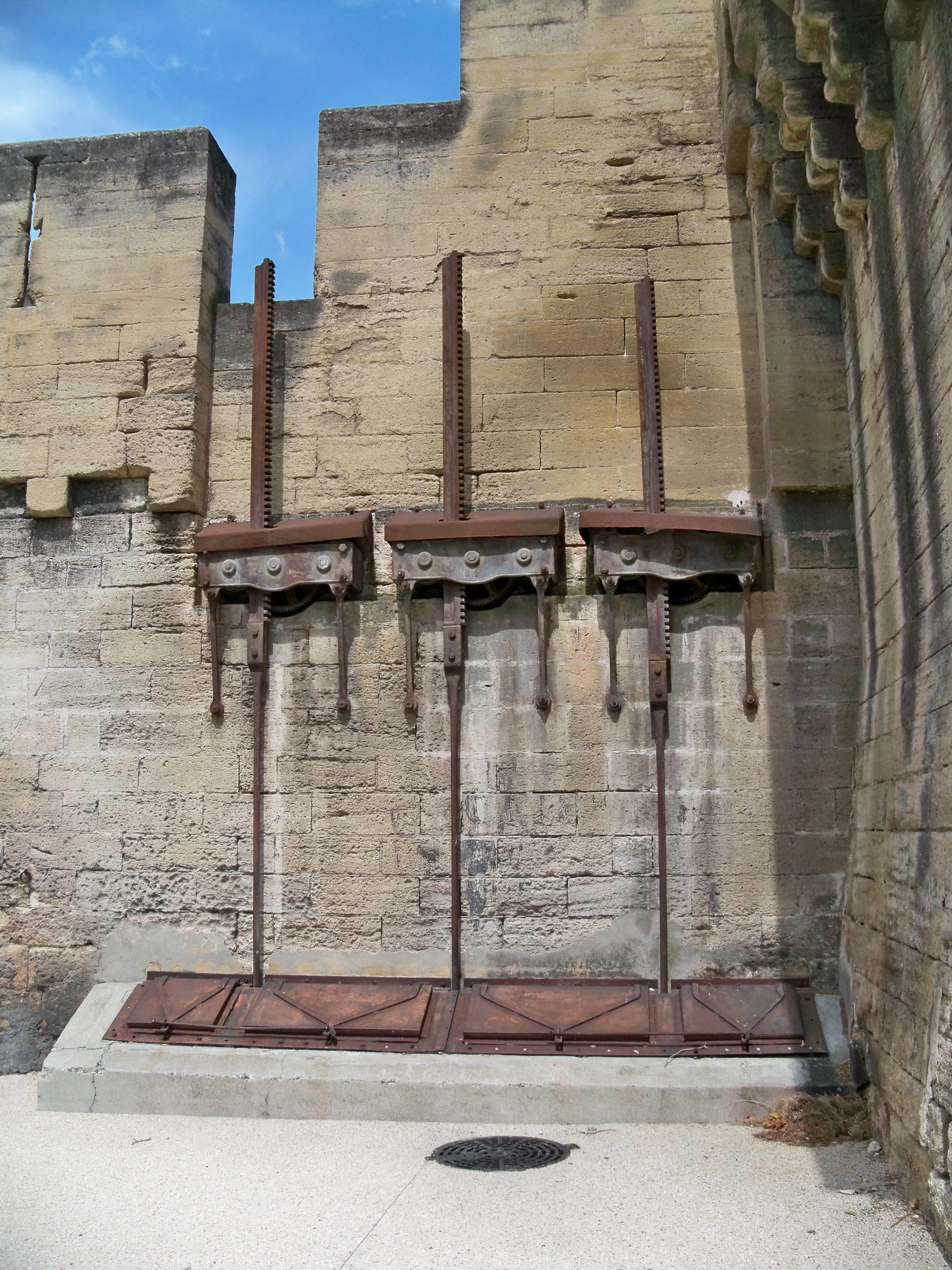 File avignon vannes porte st wikimedia commons - Porte saint dominique avignon ...
