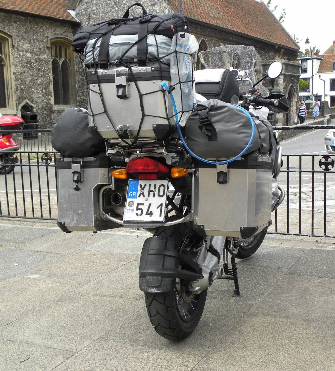 Delightful BMW_R1200GS_fully_kitted