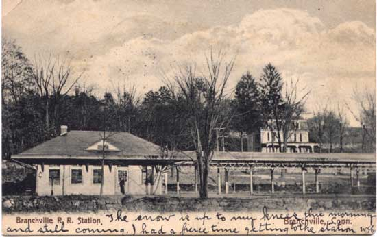 English: Postcard picture of Branchville Railr...