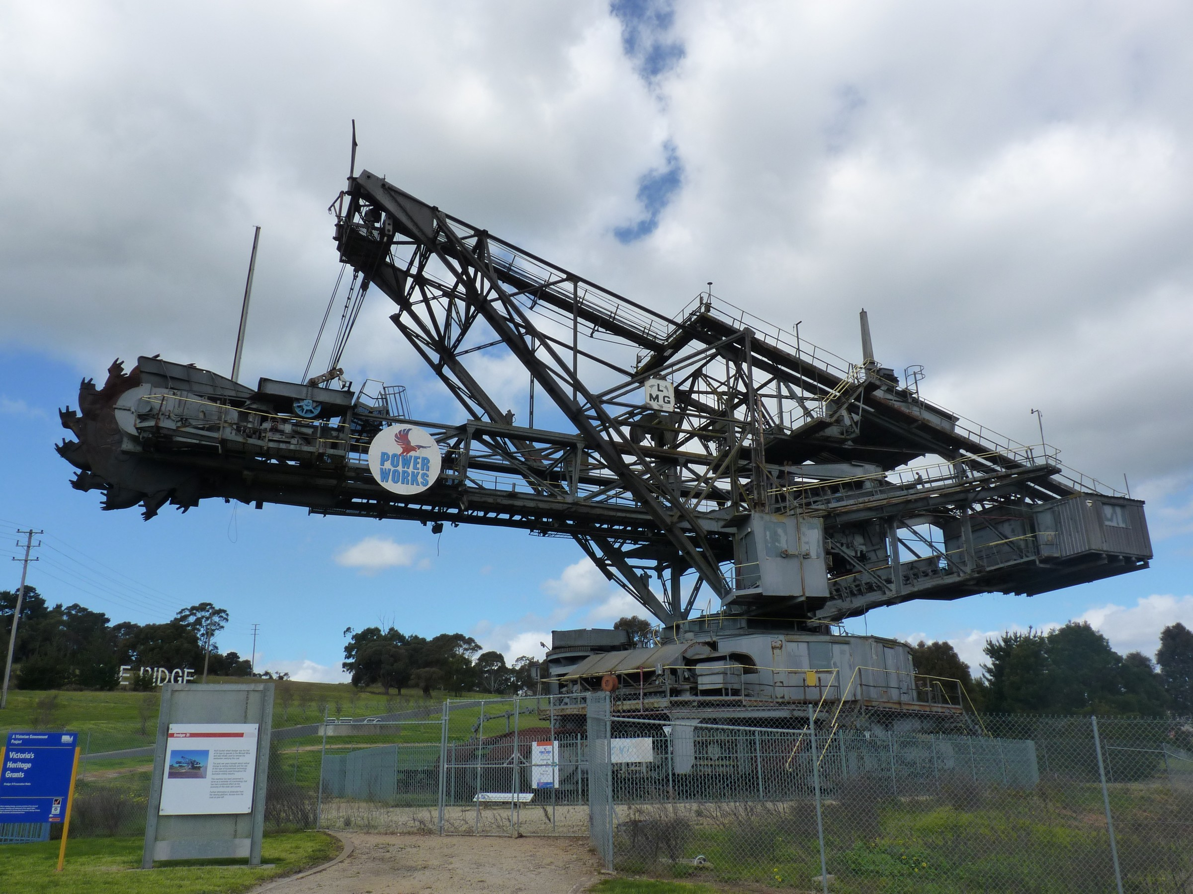 Description Bucket Wheel Excavator in Gippsland Victoria.jpg