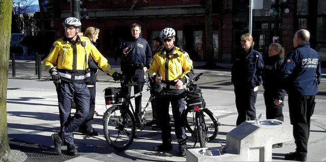 Canadian Border Services Agents in Vancouver By https://www.flickr.com/people/2010observers/ - 2010 Legal Observers [CC-BY-SA-2.0 (https://creativecommons.org/licenses/by-sa/2.0)], via Wikimedia Commons