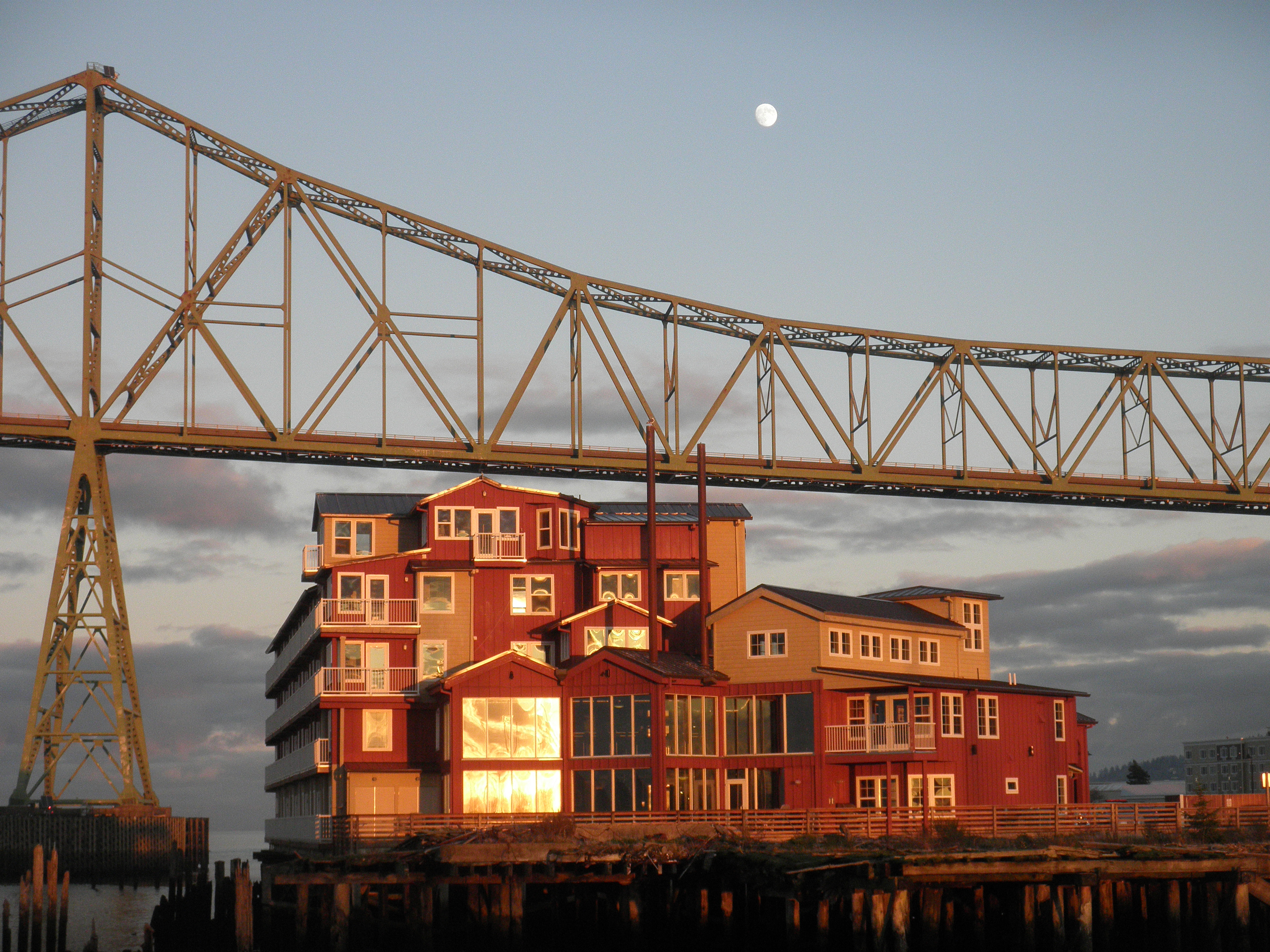 Cannery Pier Hotel Rooms