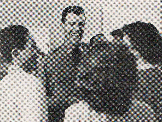 File:Corporal Flynn of the New York State Police, Aneka Amerika 102 (1957), p4.jpg