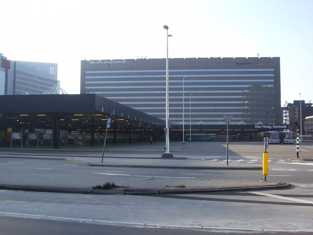 Den_Haag_CS_busplatform.jpg
