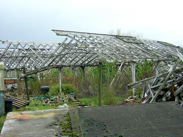 File:Derelict Greenhouses at Burnside - geograph.org.uk - 285739.jpg