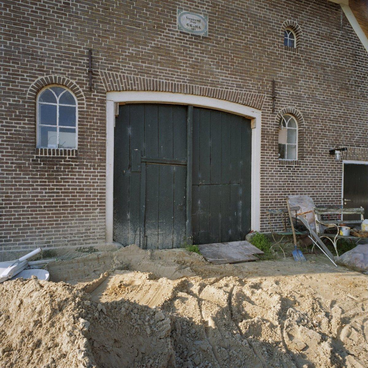 File detail achtergevel boerderij dubbele deuren for Dubbele bewoning boerderij