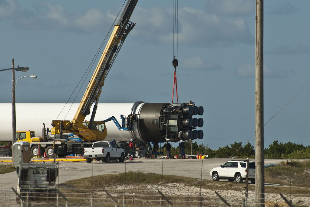 Falcon 9 5 Rockets (page 2) - Pics about space