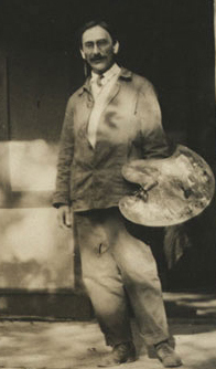 Frank Tolles Chamberlin standing outside Adams Studio, ca. 1914 (cropped).jpg