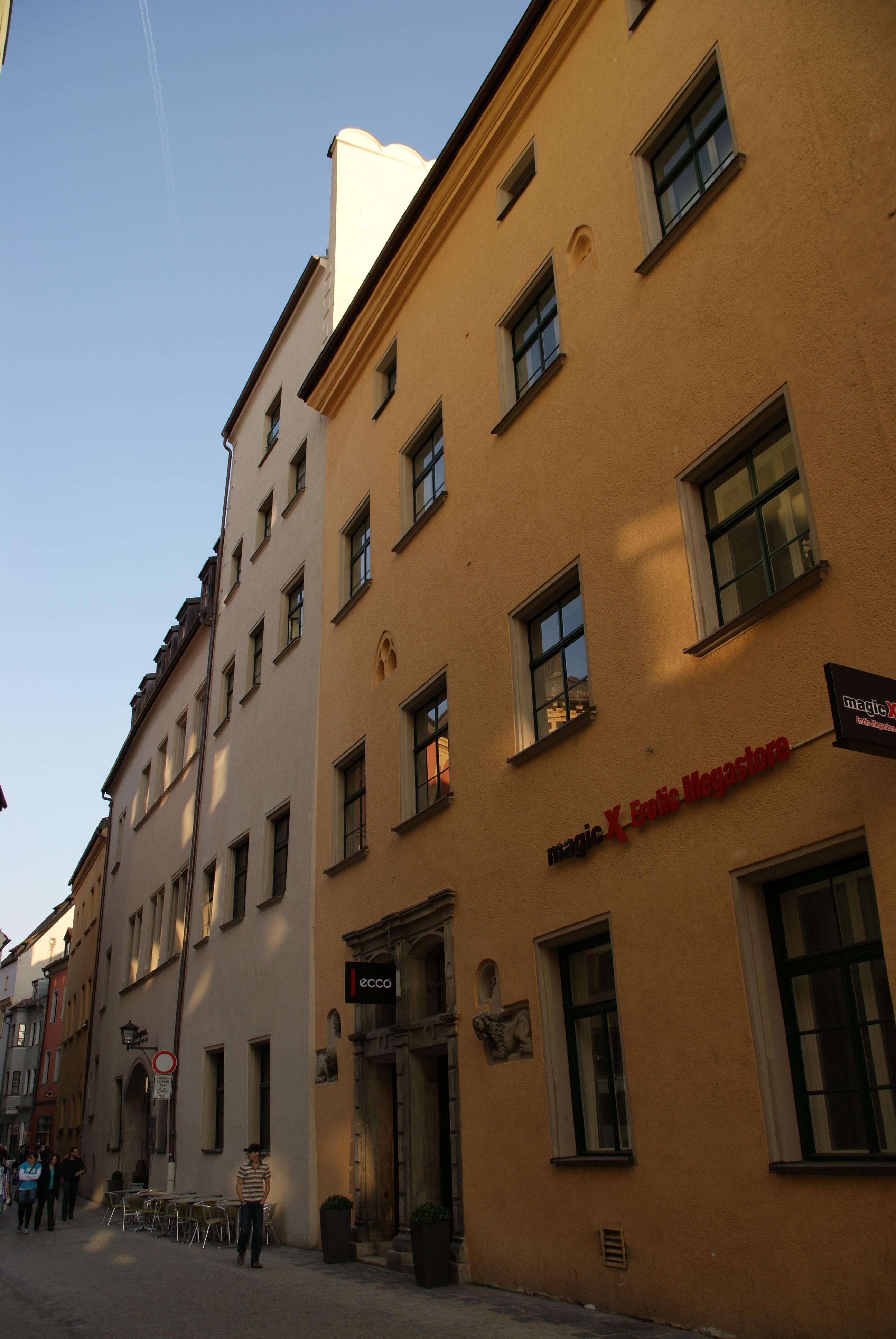new images of cheaper get new File:Gesandtenstraße 3 Regensburg 2011 West.JPG - Wikimedia ...