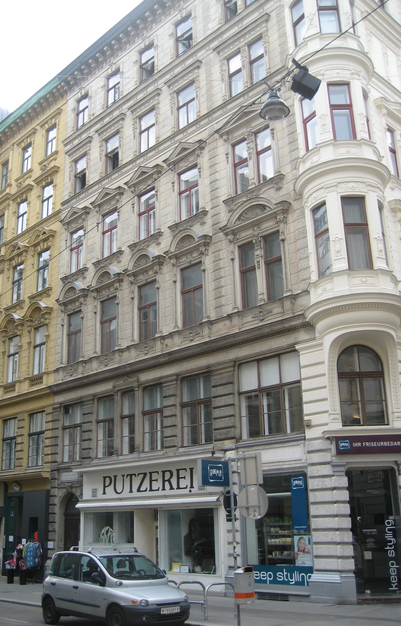 Haus-Wipplingerstraße 5-01.jpg