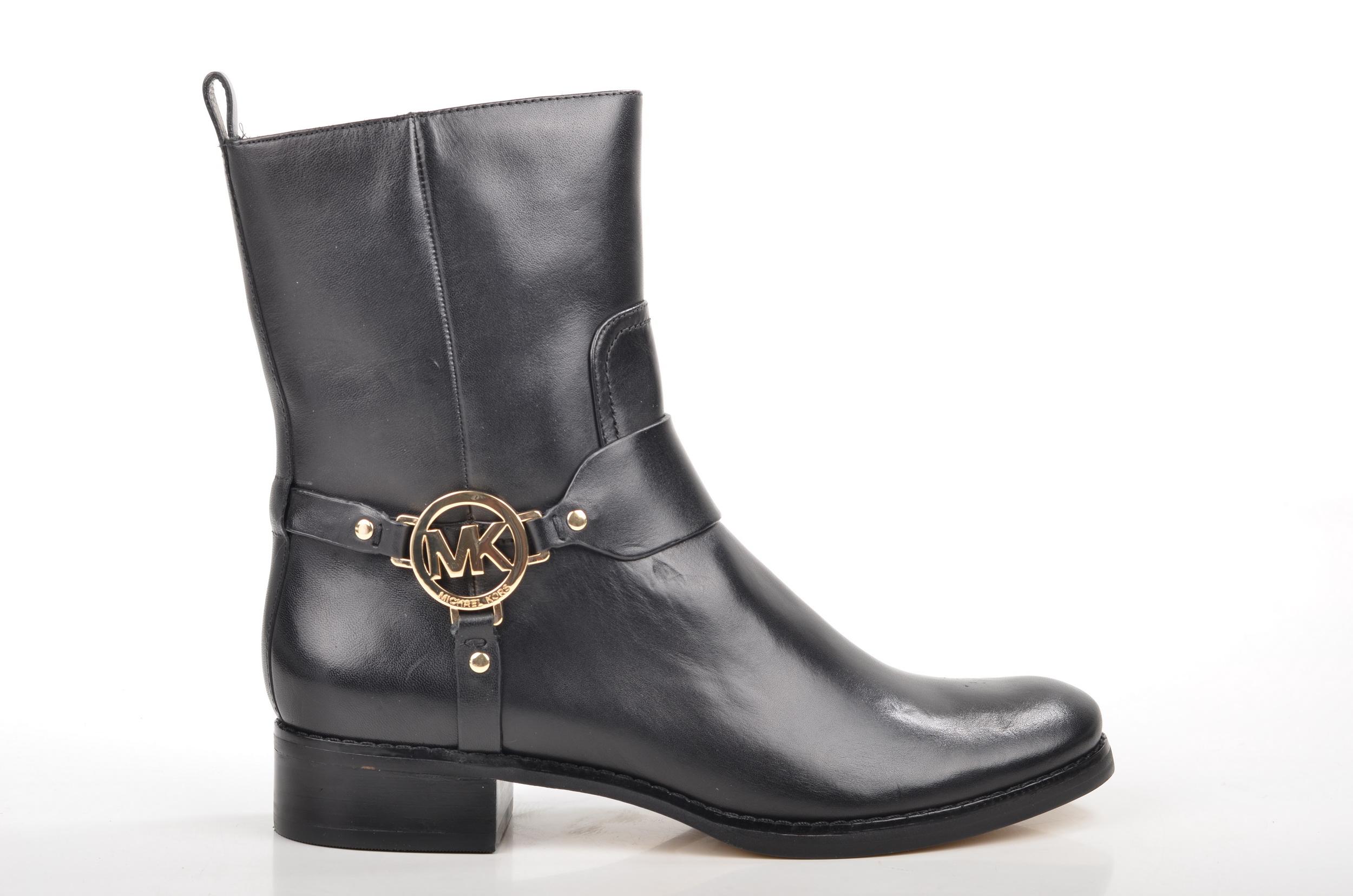 File:Michael Kors Fulton Harness Boot