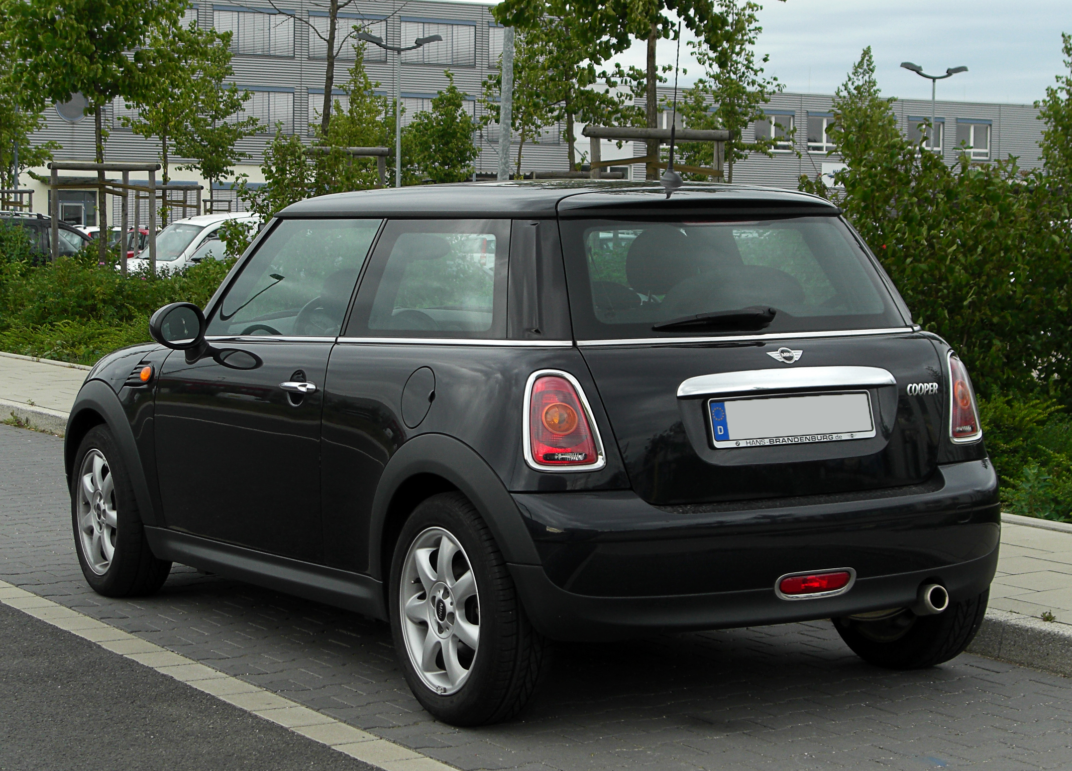 file mini cooper r56 heckansicht 28 mai 2011 d wikimedia commons. Black Bedroom Furniture Sets. Home Design Ideas