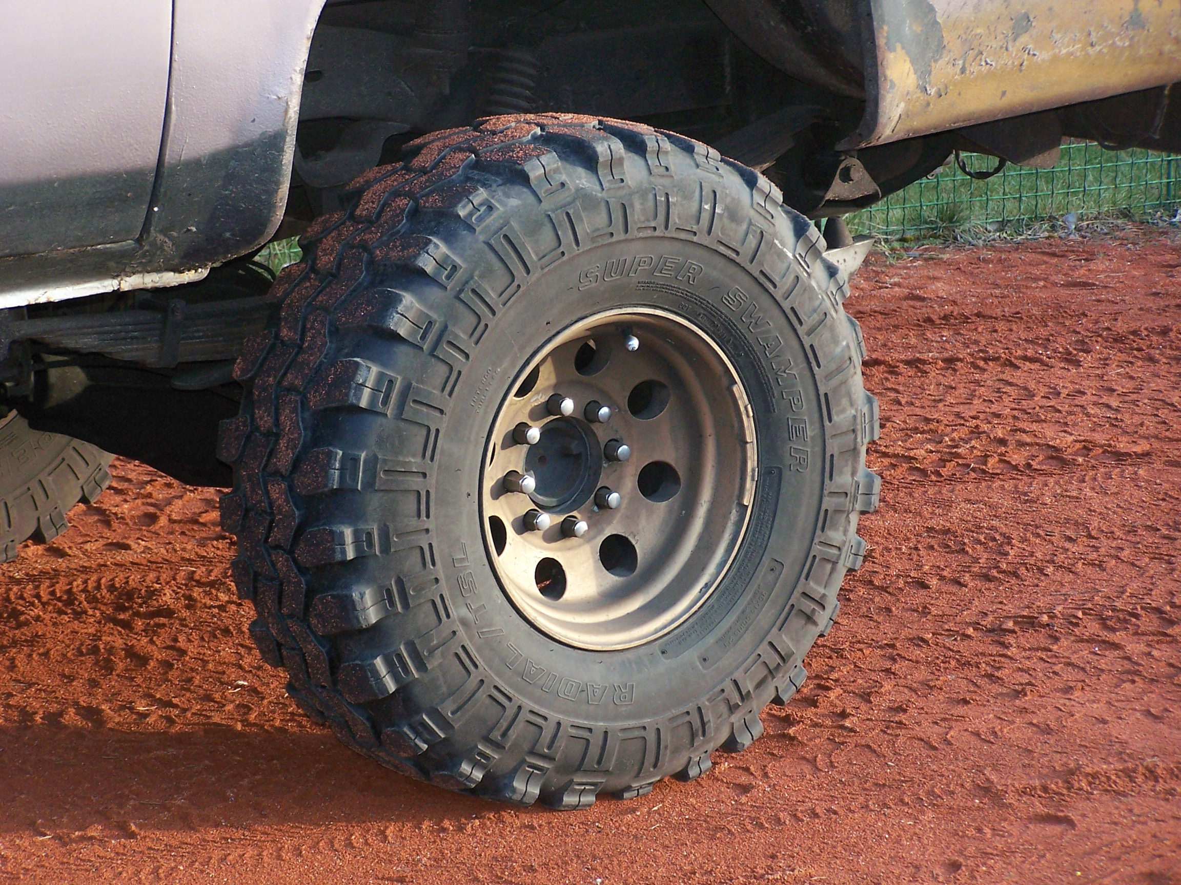 Best Quality Off Road Tires >> File Off Road Tire Jpg Wikimedia Commons