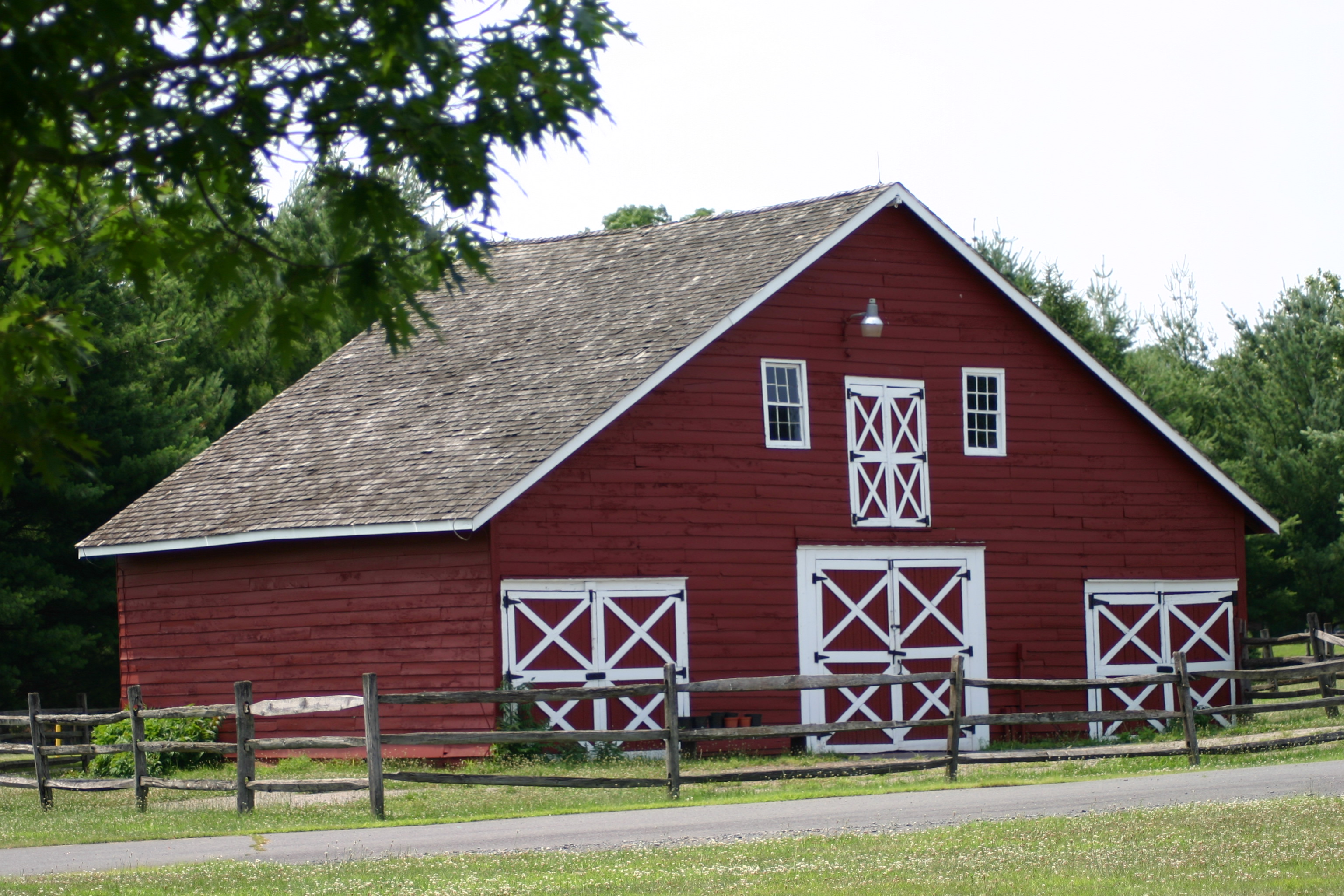 Small barn plans small horse barn plans youtube file old for Old style barn plans