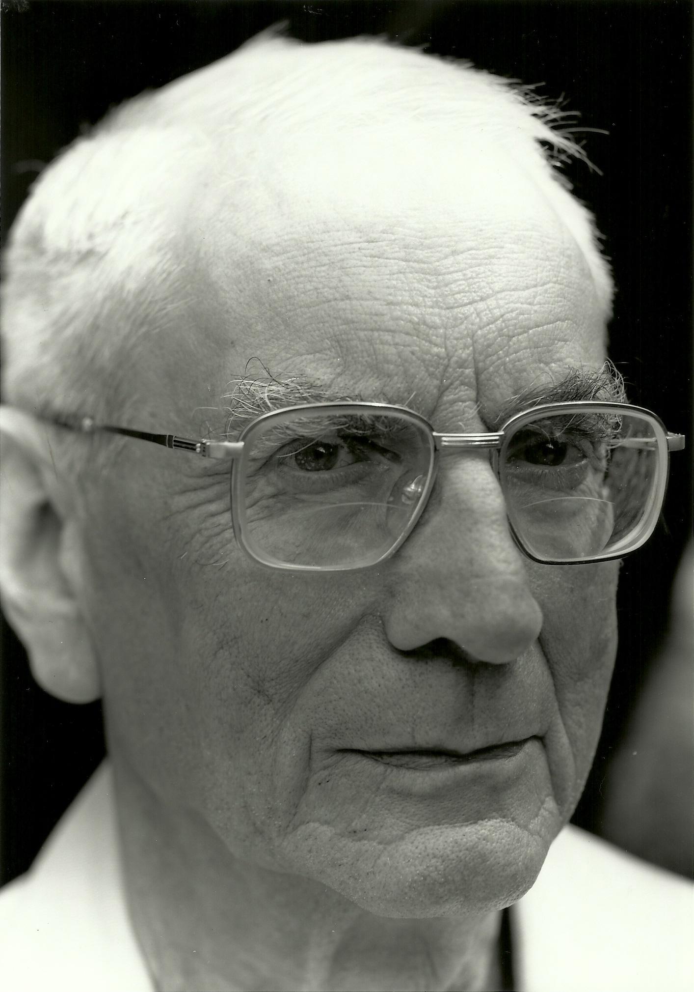 Pierre Hadot — Wikipédia