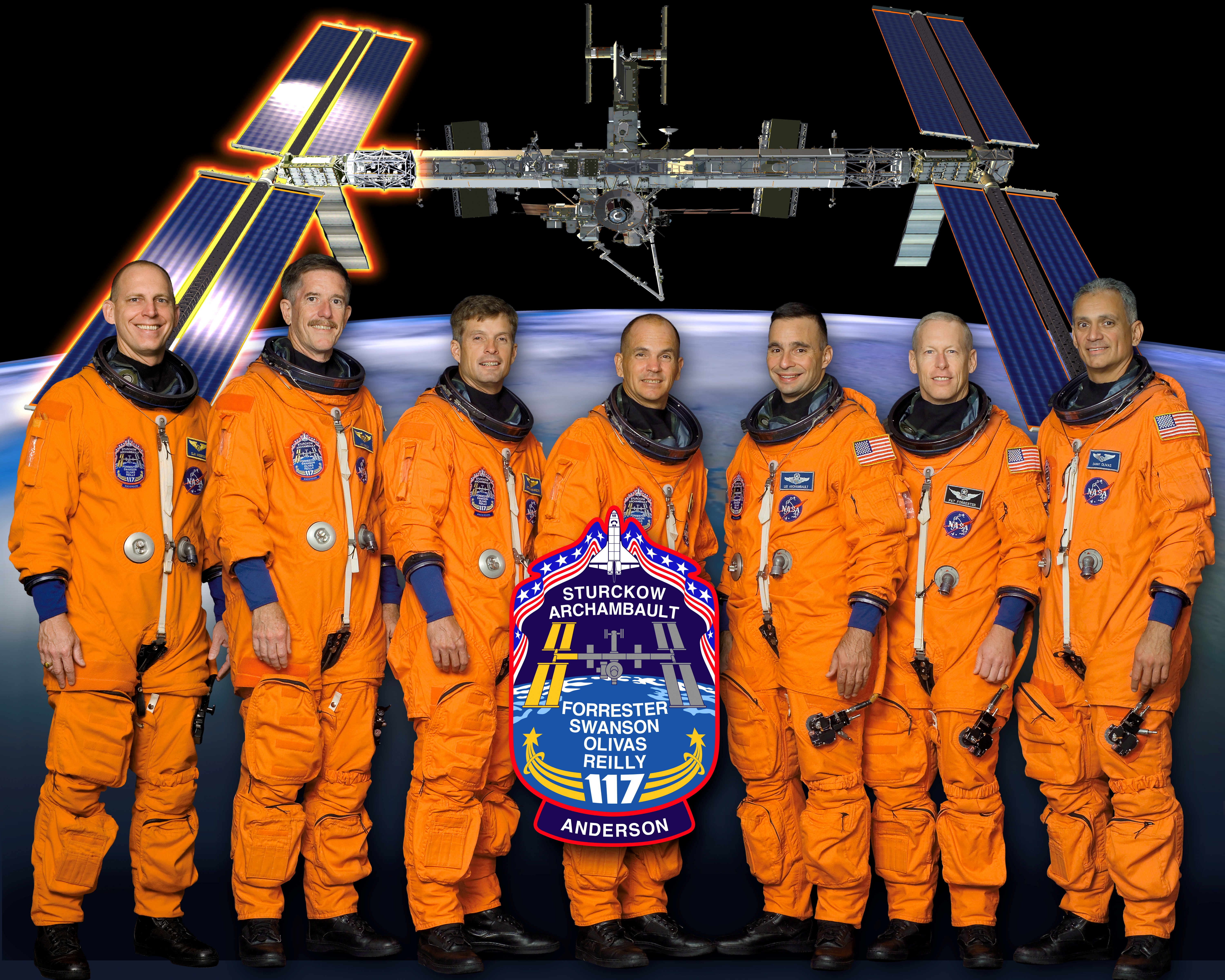 File:STS-117 new crew photo.jpg