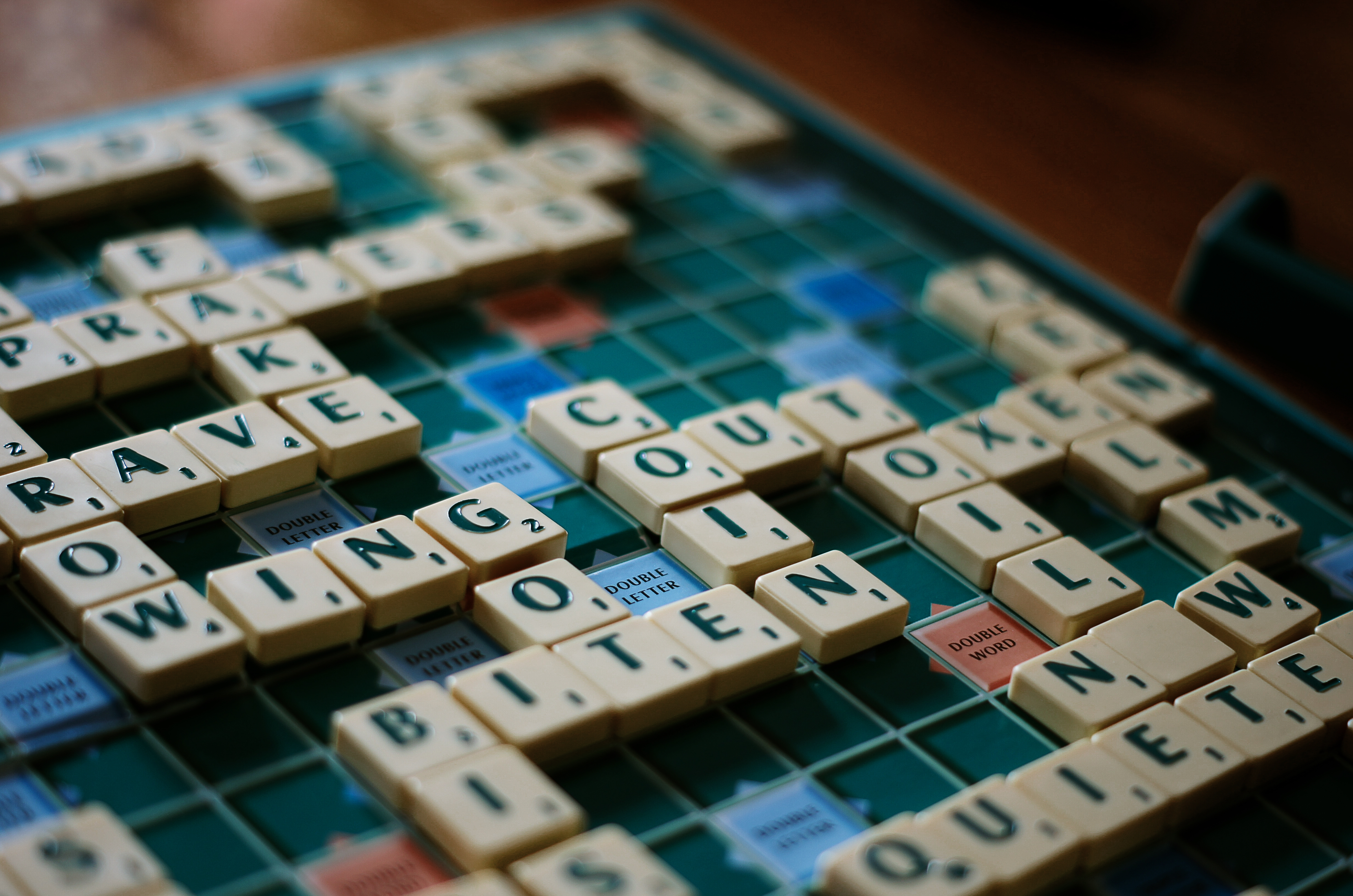 how to start game of scrabble