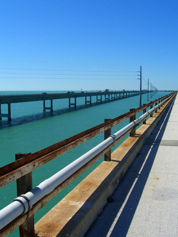 Description seven mile bridge