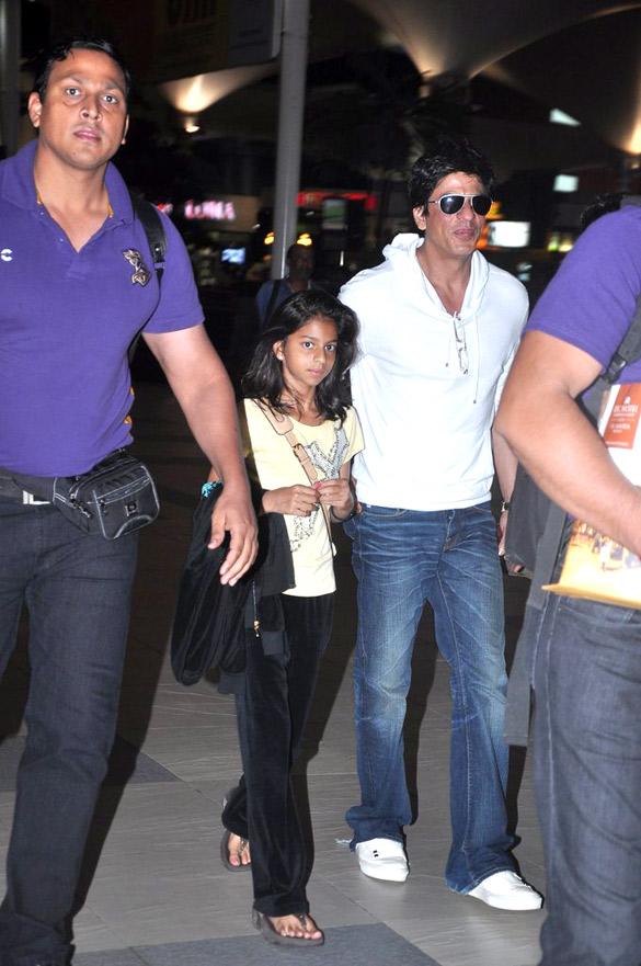 fileshahrukh khan with his daughter1jpg wikimedia