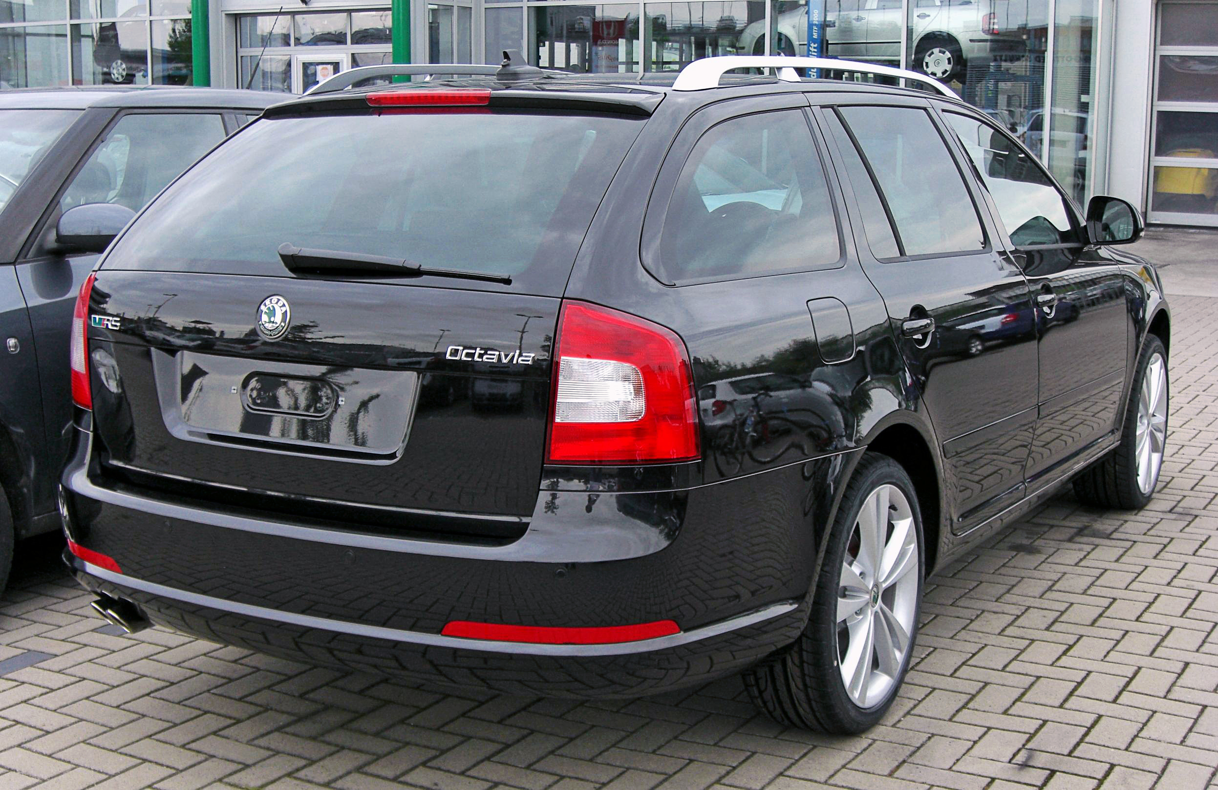 file skoda octavia ii combi facelift rs 20090620 rear jpg wikimedia commons. Black Bedroom Furniture Sets. Home Design Ideas