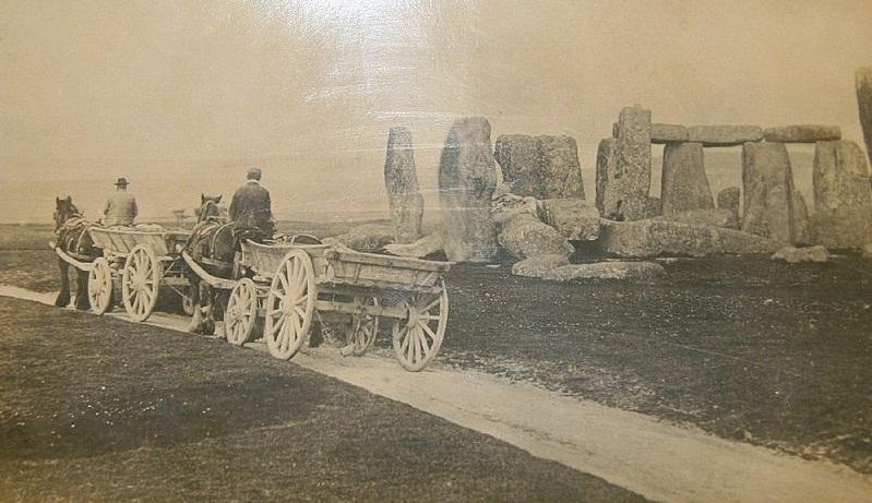 16TH Century stonehenge