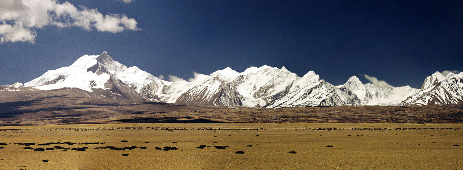 Mountain chain in Kailash area of Tibet. Source: . Credit: Frank Hackeschmidt,  Shot on 2006-07-14 Photo taken in 
