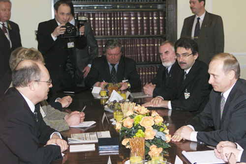 File:Vladimir Putin in Poland 16-17 January 2002-7.jpg