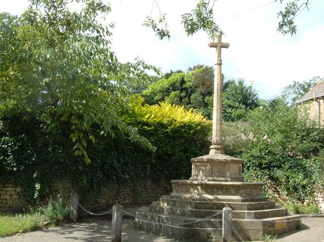War Memorial, Ebrington - geograph.org.uk - 233835