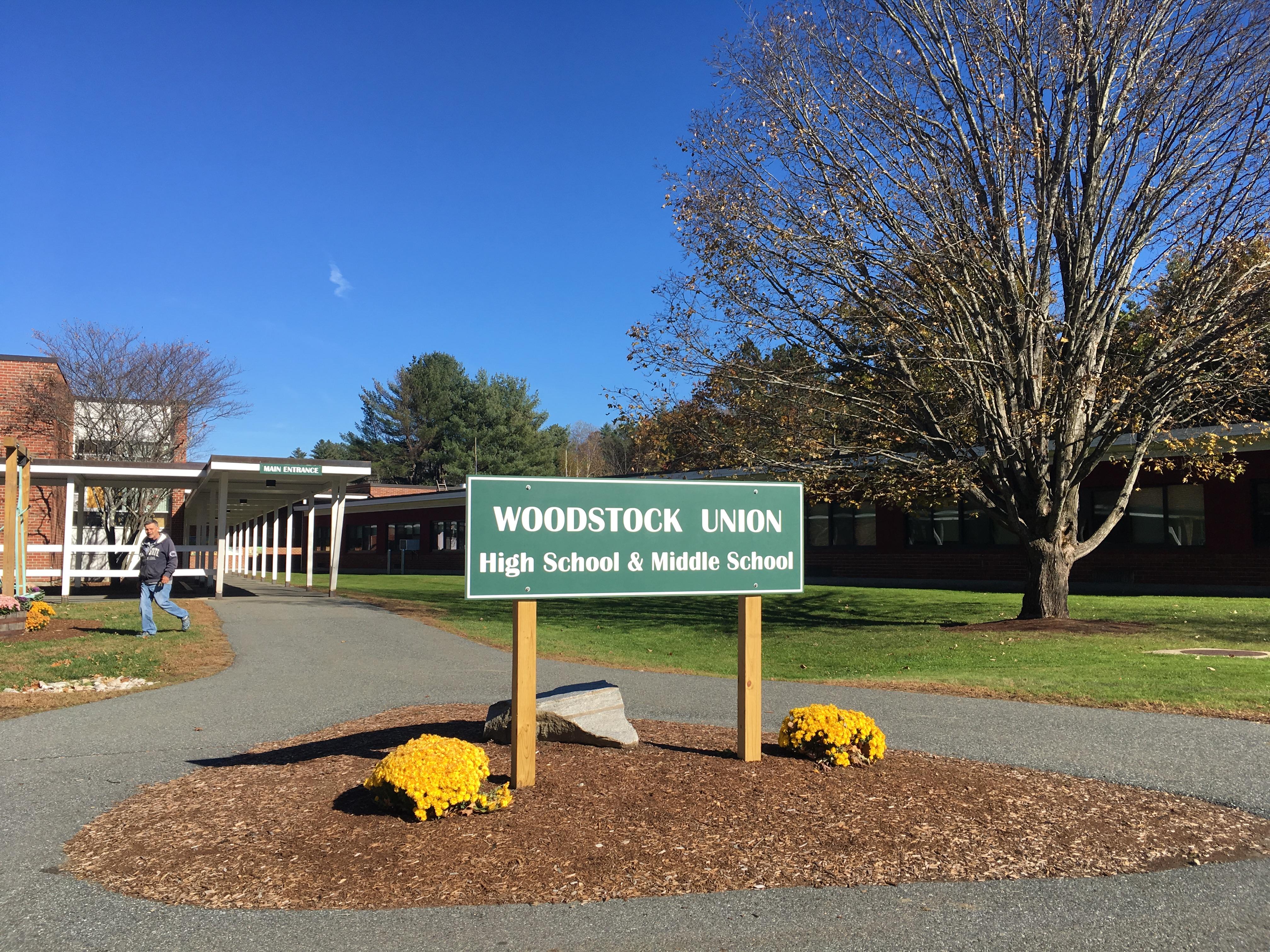 Fantastic Woodstock Union High School Wikipedia Download Free Architecture Designs Scobabritishbridgeorg