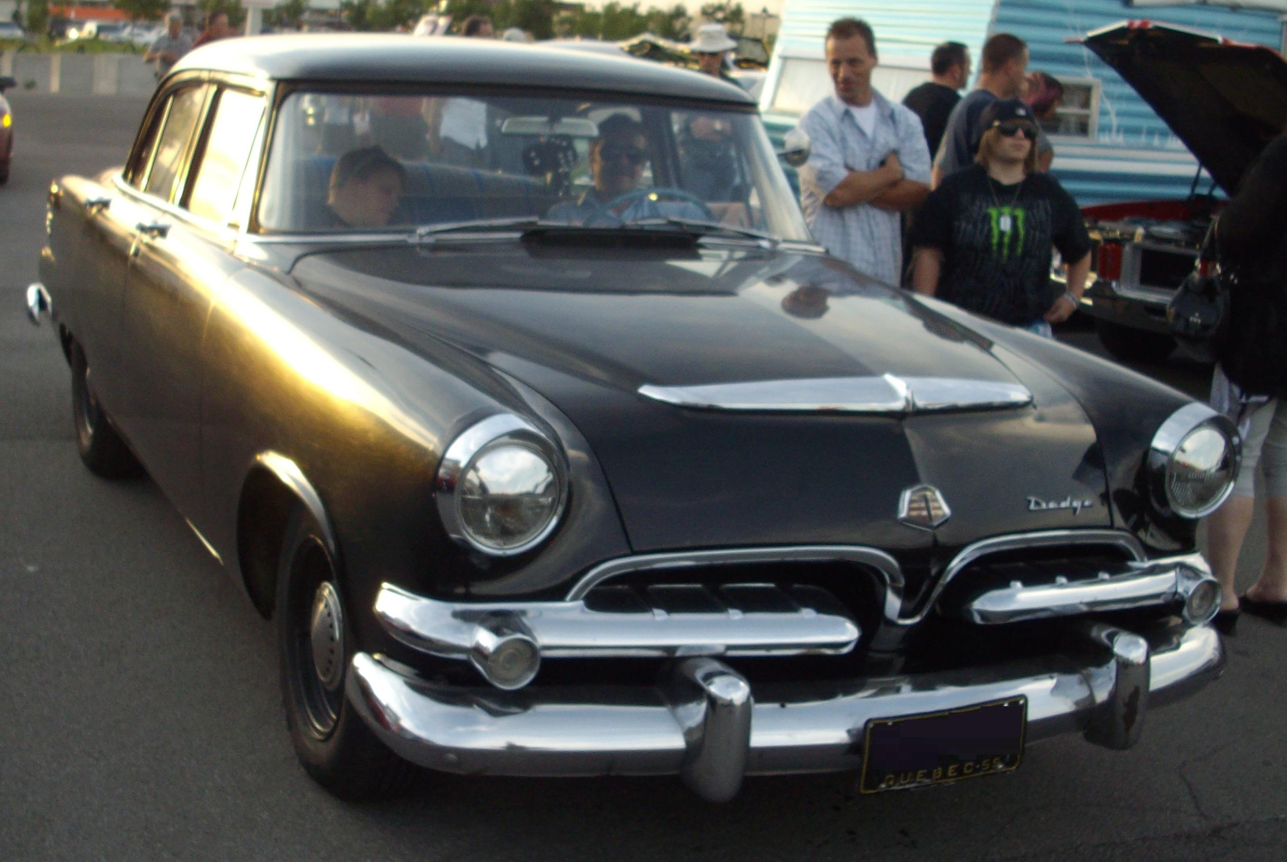 File:'55 Dodge Coronet Sedan (Les chauds vendredis '12).JPG ...