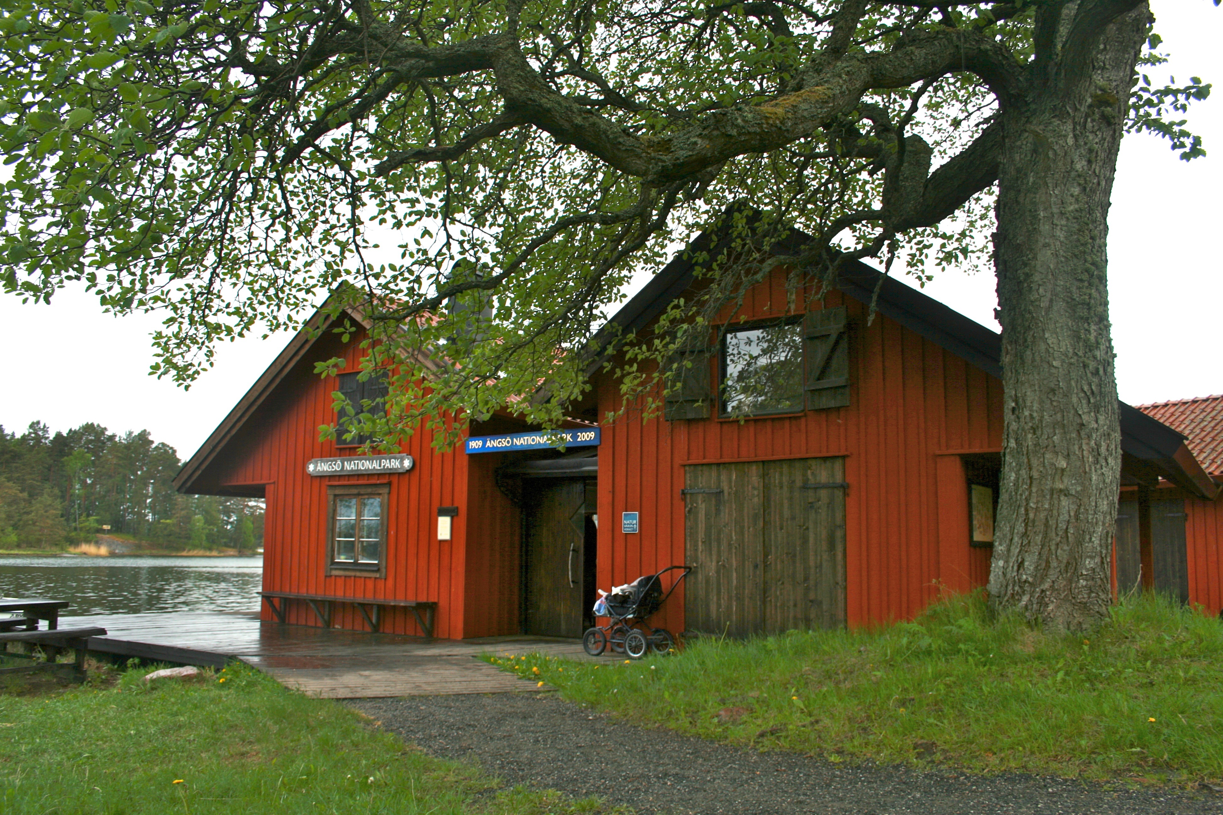 Fileängsö Nationalpark Visitor Centerjpg Wikimedia Commons