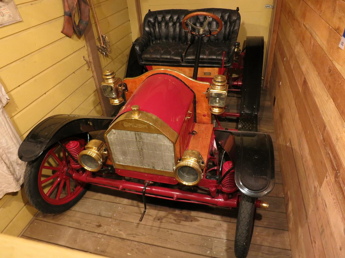 File 1909 brush automobile at the linn county museum in for English motors brownsville tx