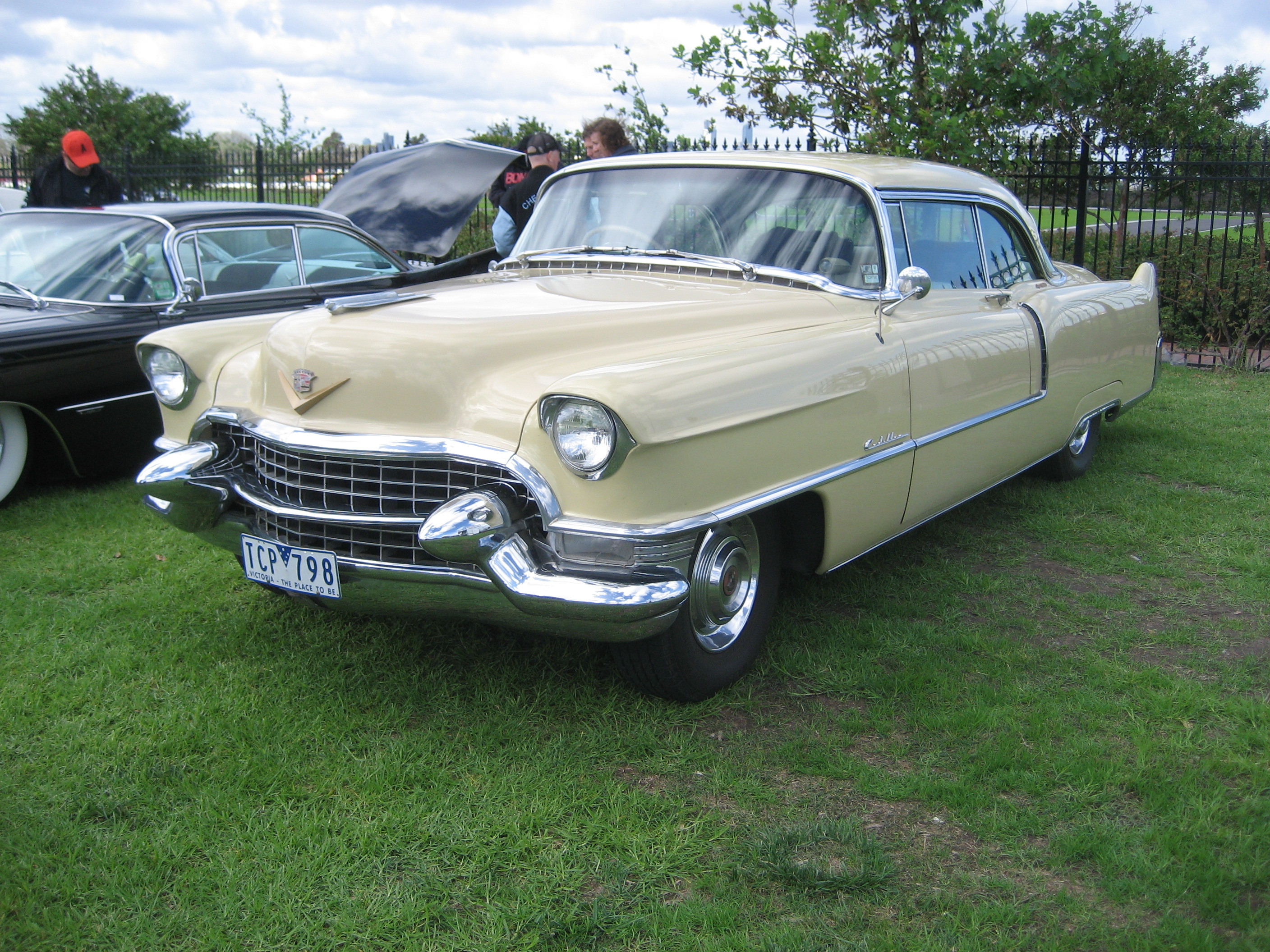 File 1955 Cadillac Coupe Deville Jpg Wikimedia Commons