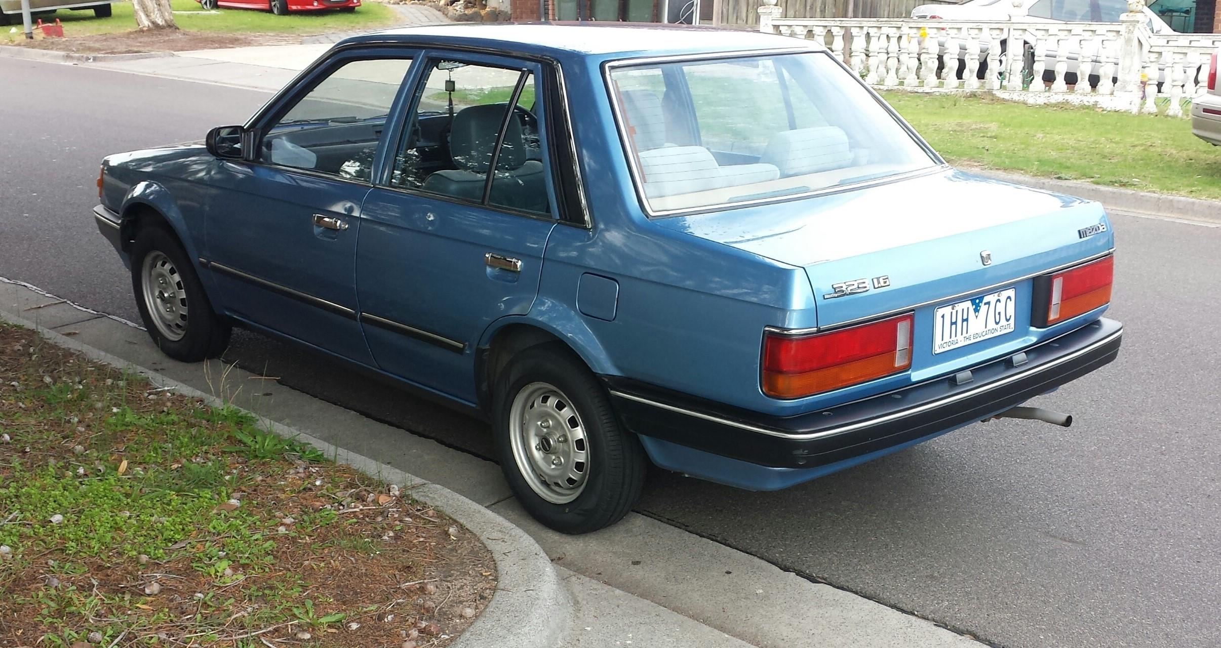 1986 mazda 323