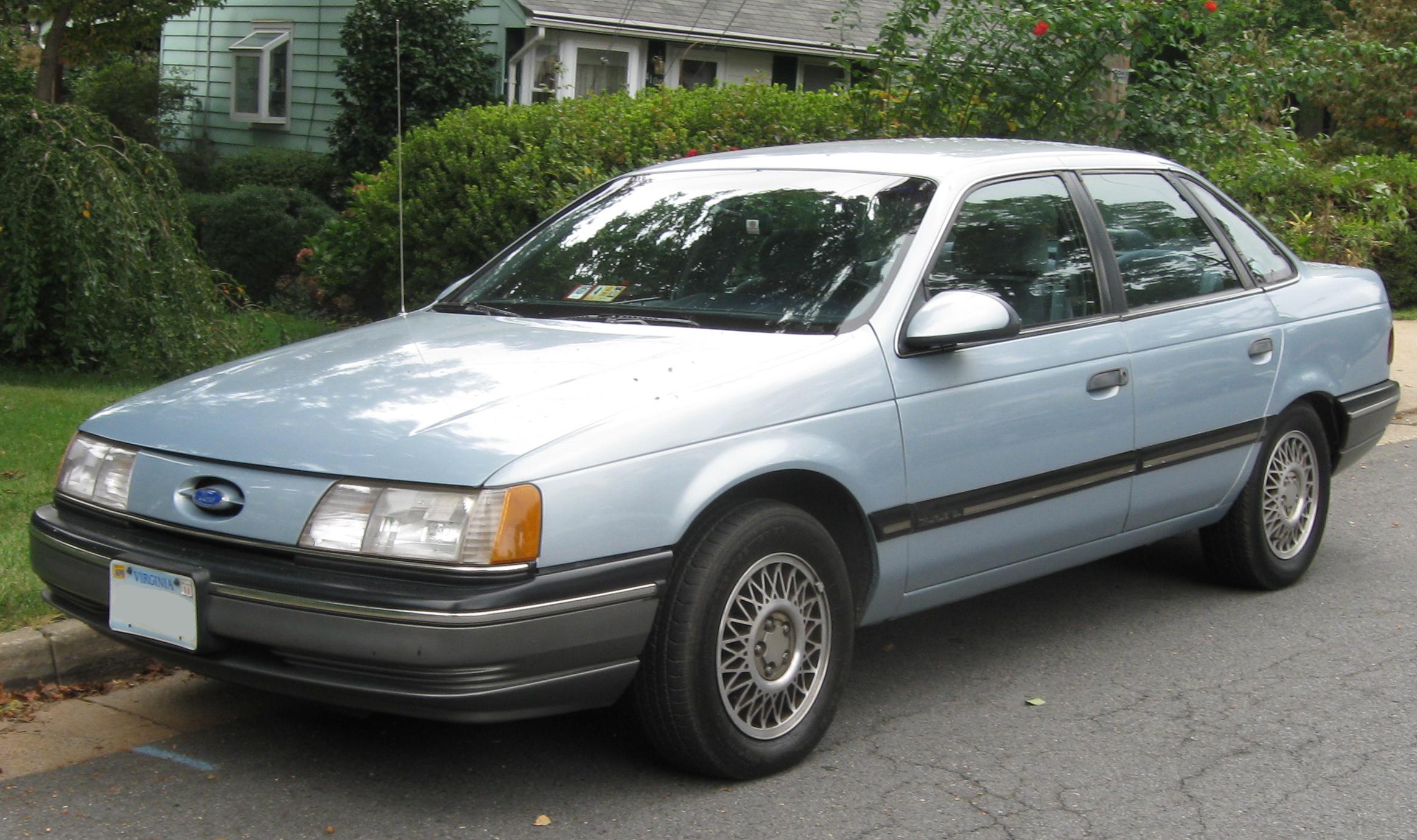 File 1991 Ford Taurus Gl Sedan 09 07 2009 Jpg Wikipedia